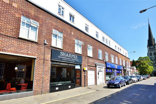 1 bed flat for sale in Arcade Chambers, St. Thomas Road, Brentwood, Essex