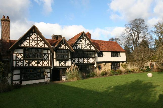Thumbnail Country house to rent in Wonersh Common, Wonersh, Guildford