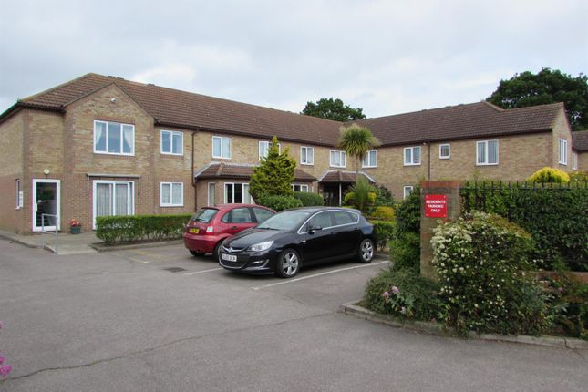 Thumbnail Flat to rent in Havenvale, Coppins Road, Clacton-On-Sea
