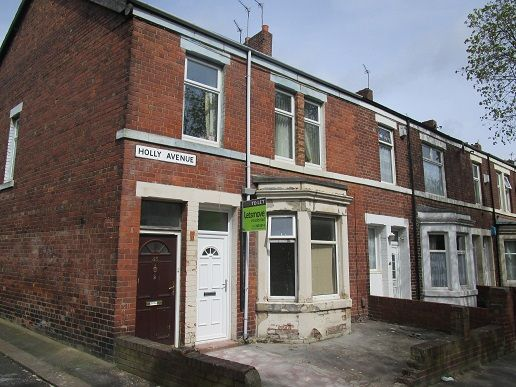 Thumbnail Flat to rent in Holly Avenue, Wallsend