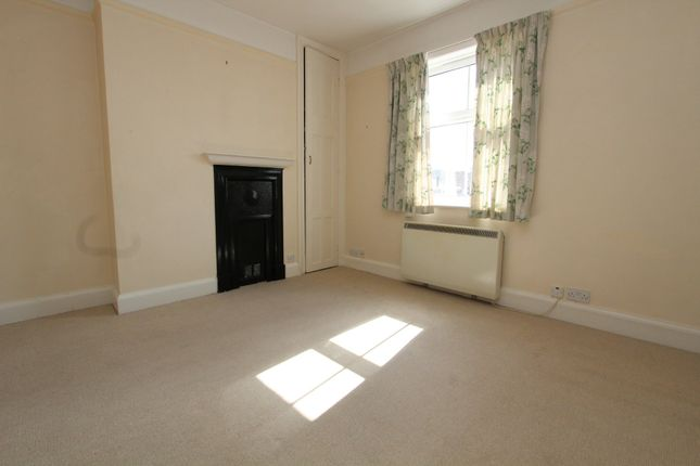 Thumbnail Maisonette to rent in Swan Street, Petersfield