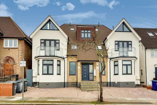 Flat for sale in Rubicon Court, 17 St. Andrews Road, Golders Green, London