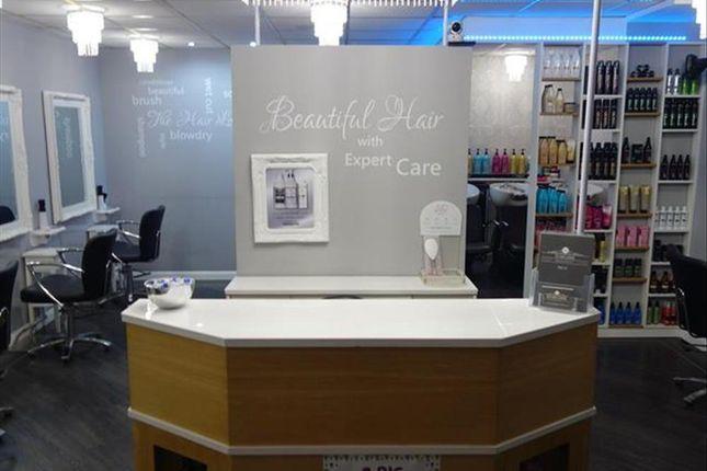 Thumbnail Retail premises for sale in Unisex Hair Salon CR3, Surrey