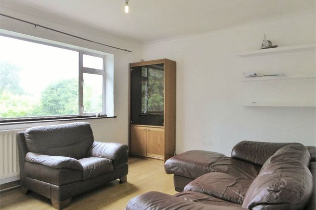 2 bed flat to rent in Ealing Road, Northolt, Greater London