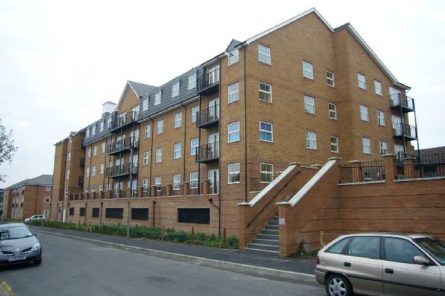 Thumbnail Flat to rent in The Academy, Luton, Beds