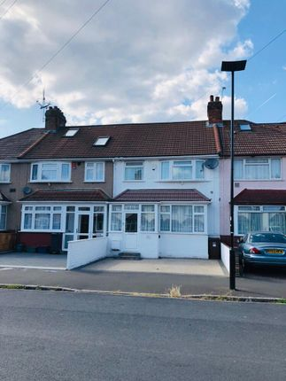 Terraced house for sale in Taunton Avenue, Hounslow