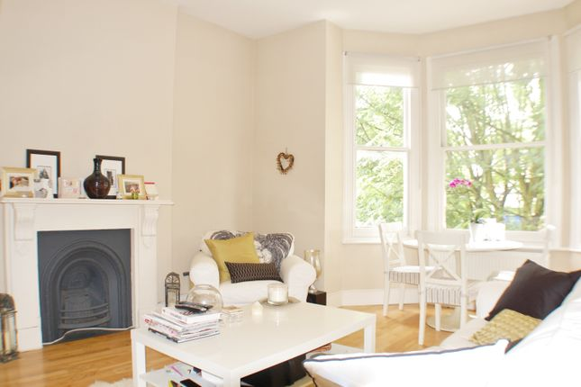 1 bed flat to rent in Bedford Hill, Balham