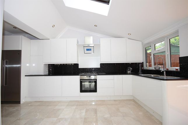Thumbnail Semi-detached house to rent in Vyner Road, Acton