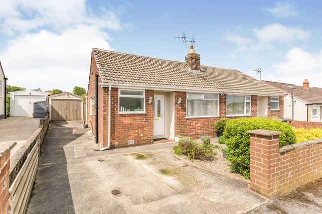 1 bed semi-detached bungalow for sale in Castle Ings Gardens, New Farnley, Leeds LS12
