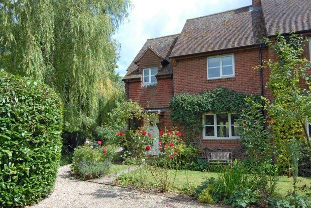 Thumbnail End terrace house to rent in The Street, Ewelme
