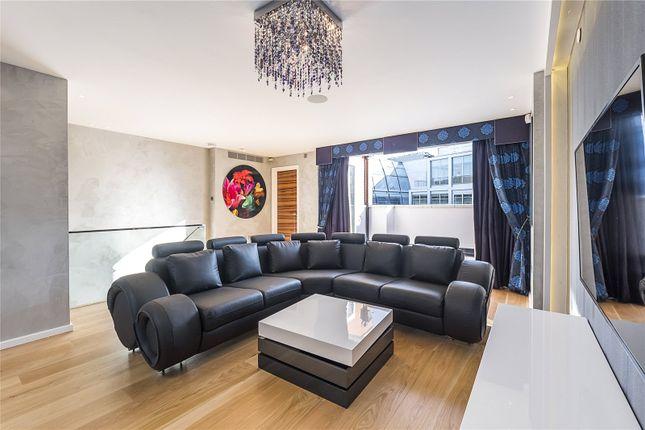 3 bed flat for sale in Conduit Street, London
