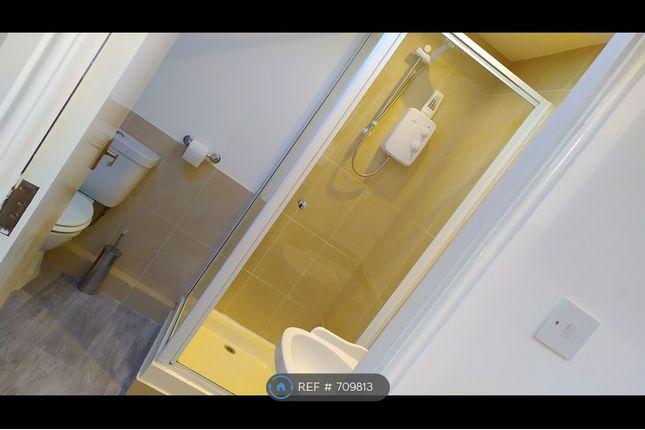 Bathroom of Nancroft Mount, Leeds LS12