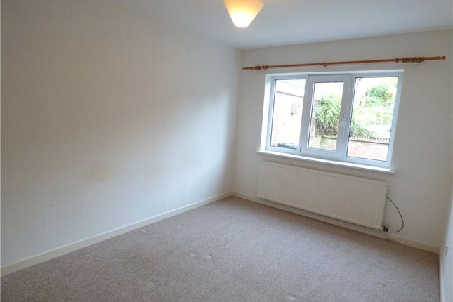 Picture No. 10 of Adrians Close, Mansfield, Nottinghamshire NG18