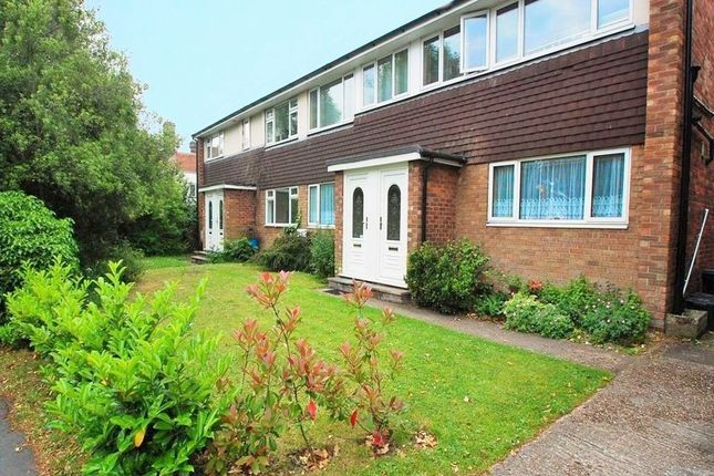 Thumbnail Maisonette to rent in West Court, Lexden Road, Colchester