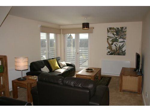 Thumbnail Flat to rent in Candleriggs, Alloa