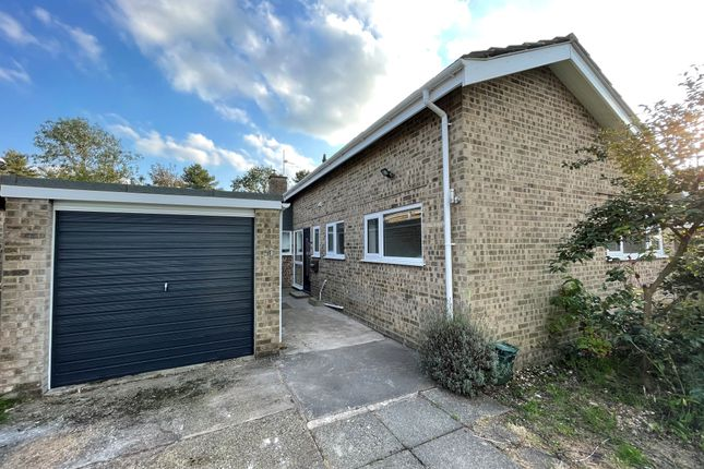 3 bed bungalow to rent in Greenborough Road, Norwich NR7