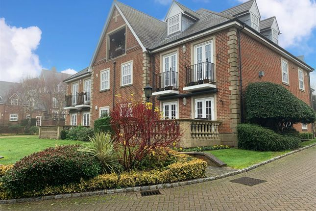 Thumbnail Flat for sale in Park Lane, Stanmore