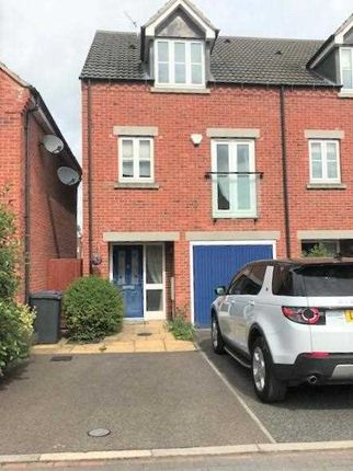 Thumbnail Property to rent in Birkbeck Close, Mickleover, Derby