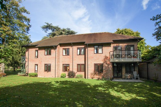 Thumbnail Flat for sale in Southacre Drive, Cambridge