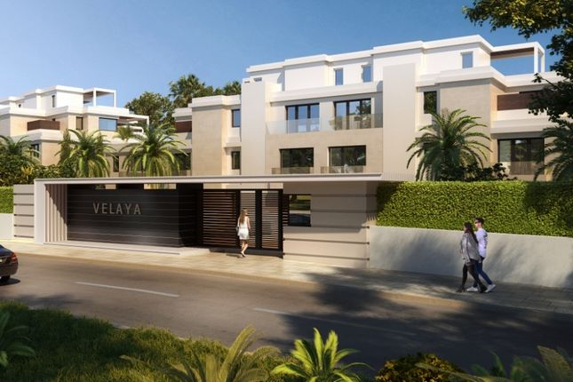 Apartment for sale in Velaya, Estepona, Spain