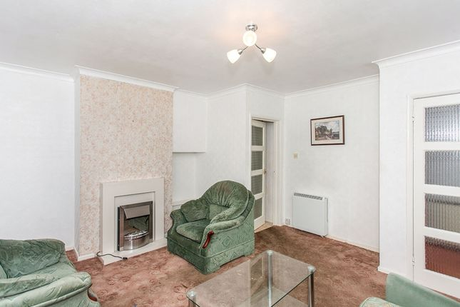 Lounge of Wharncliffe Road, Wakefield, West Yorkshire WF2
