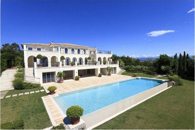 Thumbnail Villa for sale in Cannes, Super Cannes, Provence-Alpes-Côte D'azur, France