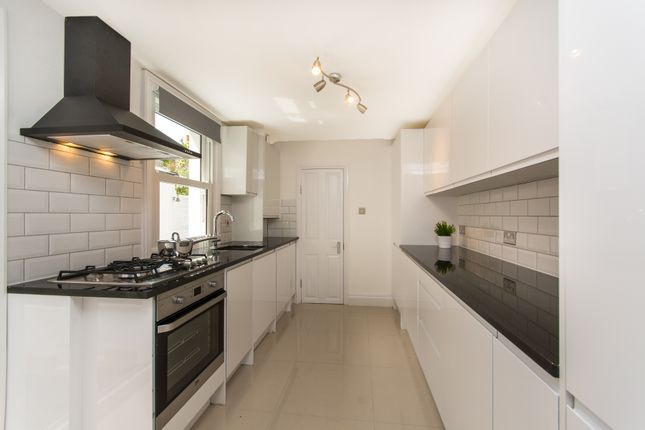 Thumbnail Terraced house to rent in Besley Street, Streatham Common