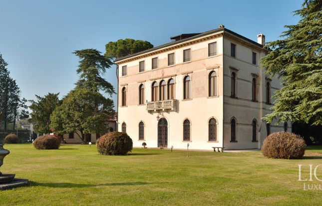 Thumbnail Villa for sale in Martellago, Venezia, Veneto