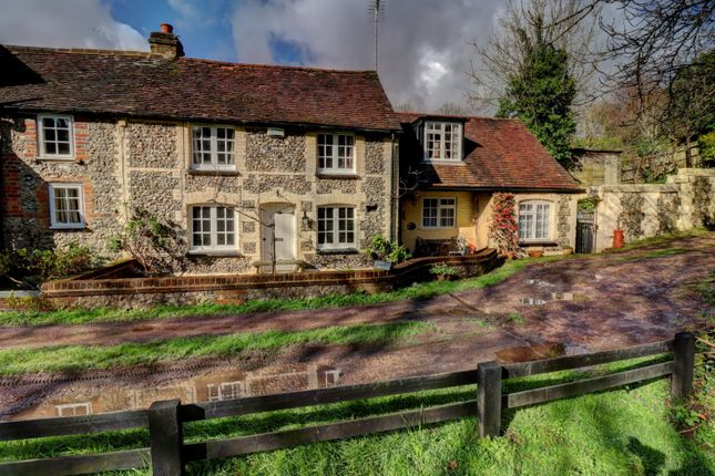 Thumbnail Semi-detached house for sale in Water End Road, Beacons Bottom, High Wycombe, Buckinghamshire