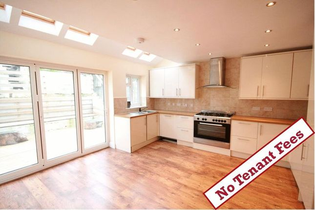 Thumbnail Detached house to rent in Hivings Hill, Chesham
