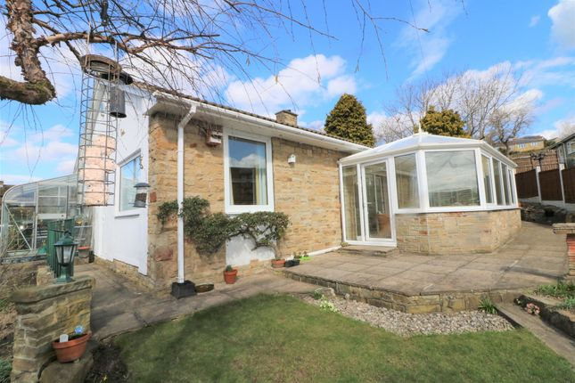 Thumbnail Bungalow for sale in Vine Garth, Clifton, Brighouse