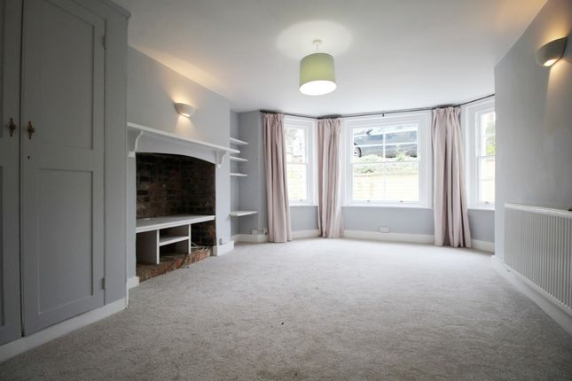 1 bed flat to rent in Battledown Approach, Cheltenham GL52