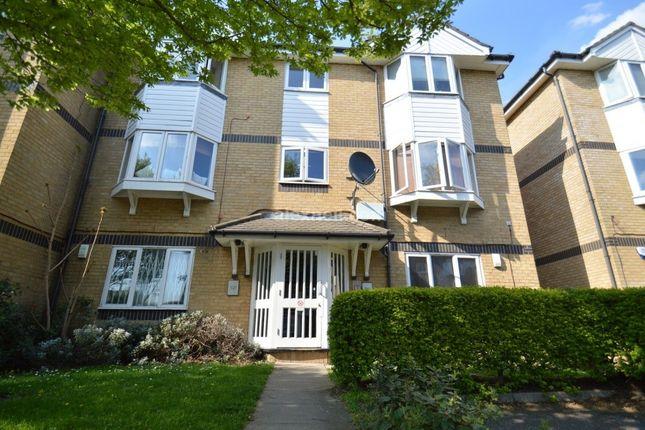 Thumbnail Flat to rent in Rossetti Road, London