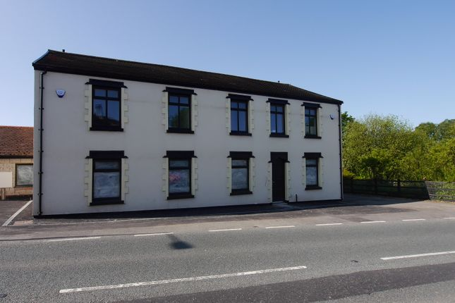 Thumbnail Flat to rent in Wigan Lower Road, Standish Lower Ground
