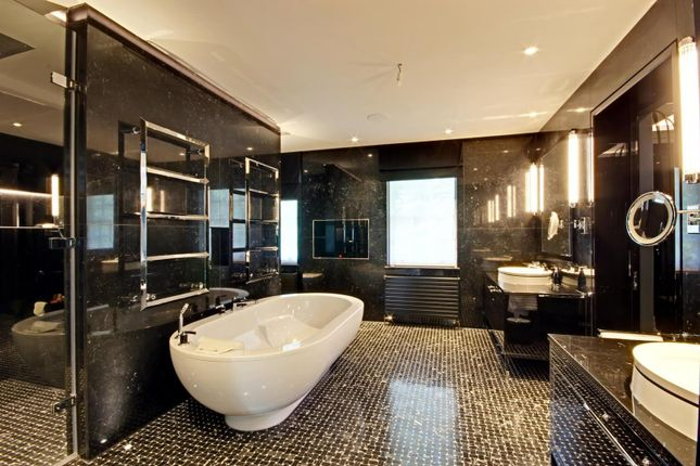 Bathroom of Cobden Hill, Radlett WD7