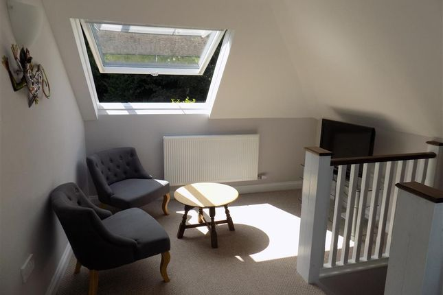 Thumbnail Flat to rent in Peppercombe Road, Eastbourne
