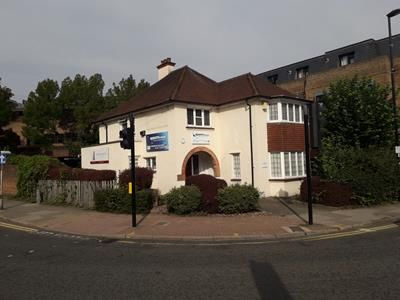 Thumbnail Office to let in 1st Floor, 4, Ashley Road, Epsom, Surrey