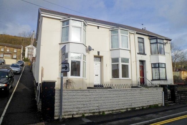 Thumbnail Flat to rent in Ystrad -, Pentre