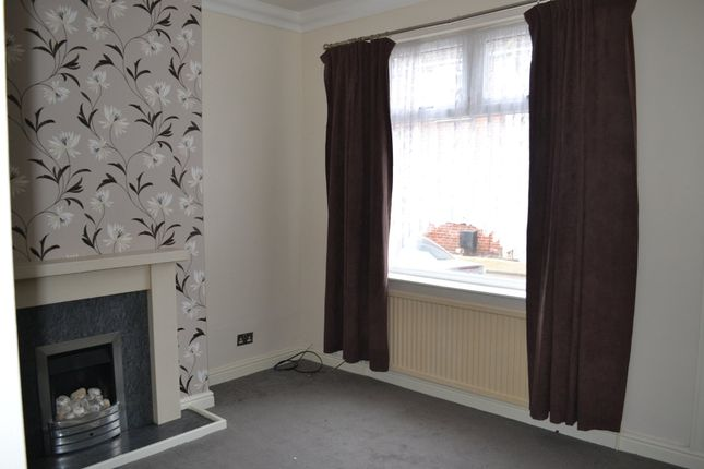 Thumbnail Terraced house to rent in Albion Place, South Elmsall, Pontefract