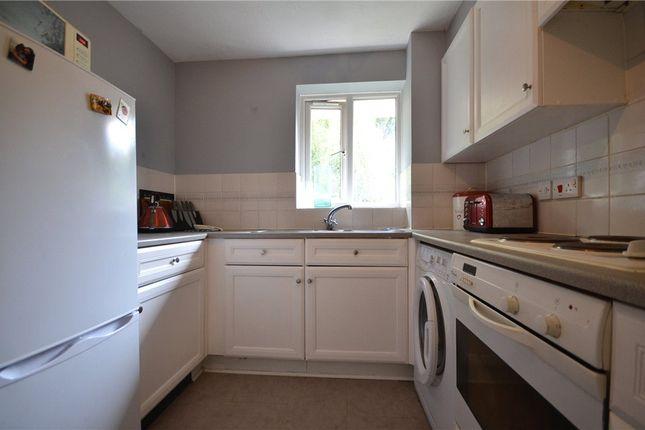 Kitchen Alt of Masefield Gardens, Crowthorne, Berkshire RG45