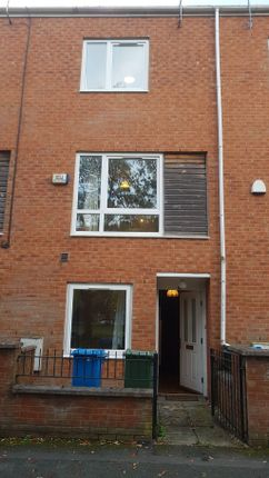 Photograph 15 of Lauderdale Crescent, Manchester M13