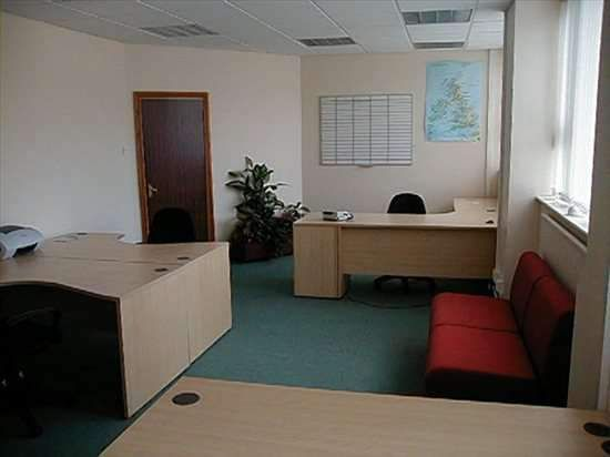 Serviced office to let in The Avenue, Rubery, Rednal, Birmingham