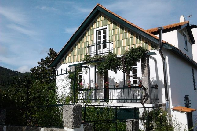 Thumbnail Detached house for sale in Seia, Guarda, Central Portugal