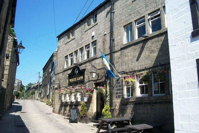 Thumbnail Pub/bar to let in Towngate, Heptonstall, Hebden Bridge