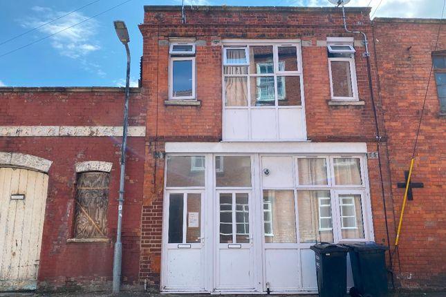Room to rent in Room 2, Friarn Street, Bridgwater TA6