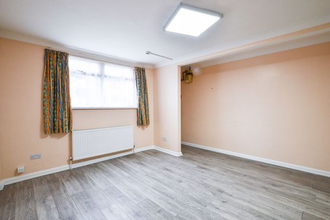 Thumbnail Flat to rent in Markhouse Road, London
