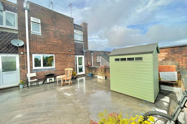 3 bed property to rent in Bawtry Road, Wickersley, Rotherham S66