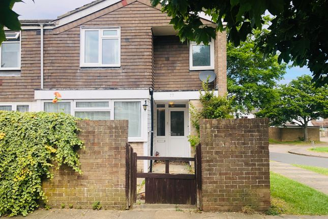 Thumbnail Property to rent in Normanton Road, Basingstoke