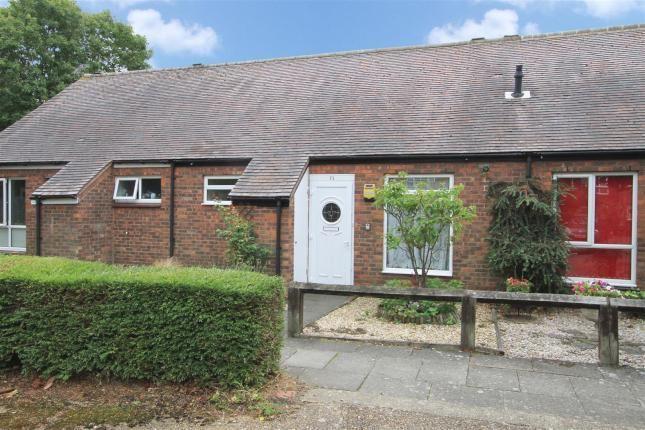 Thumbnail Bungalow to rent in Cedars Drive, Hillingdon, Uxbridge