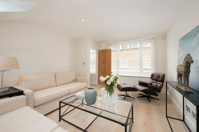 Thumbnail Property to rent in Beverston Mews, London